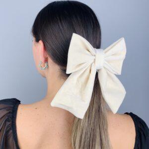 Lila Cream Velvet Hair Clip