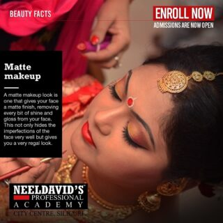 Gain the right skills to become the best makeup artist you can be. Take your first step towards your career goals and star your training with us at Neel David's Professional Salon Academy, City Centre, Siliguri.   To enroll, visit our website www.neeldavids.com   For more course-related information, call us at 8900798877   #makeuptransformation #makeupartist #beauty #beautysalon #salonacademy #career #neeldavids