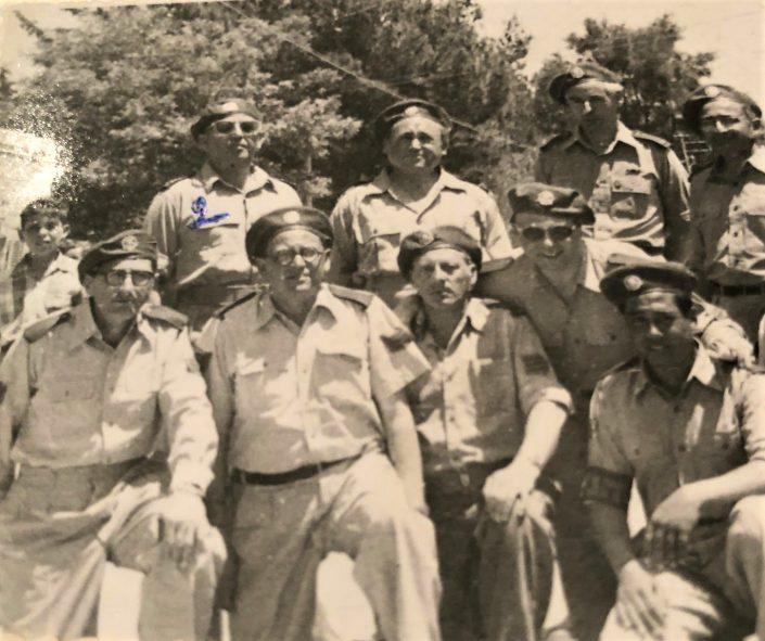 מסדר הגא, רפאל עבו המפקד ראשון משמאל, פסח בן אורי שלישי במרכז
