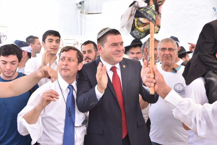 ראש העיר צפת מר שוקי אוחנה צוהל ורוקד