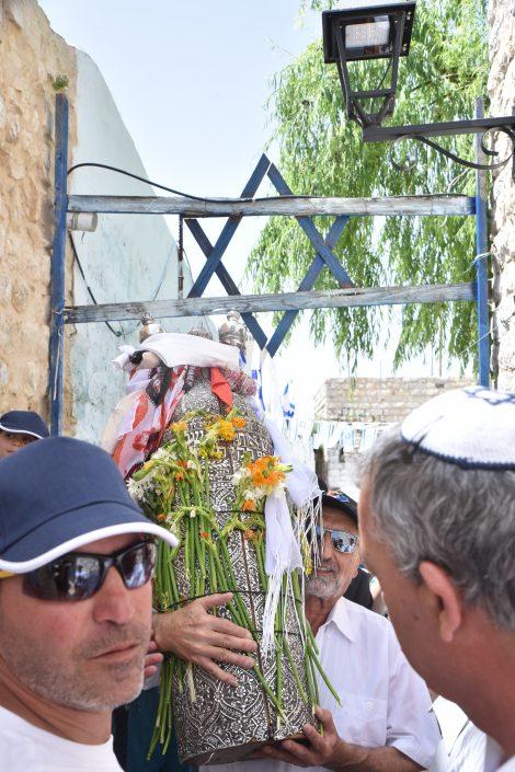 ניר פרץ נינו של הרב יצחק מרדכי עבו