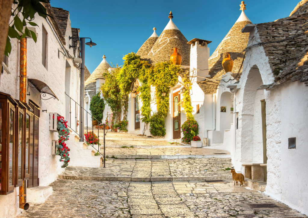 Pretty Streets in the Trulli District of Alberobello City Center #TopThingsToDoInPuglia #Alberobello