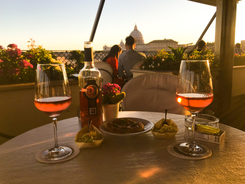 Romantic Evening at a Rooftop Bar in Rome, the Eternal City #ValentinesDayinRome