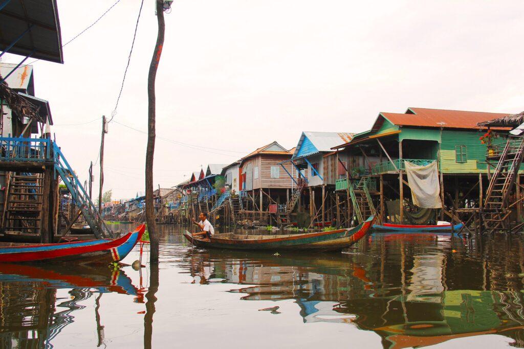 Kompong Phluk, Floating Village on Tonle Sap, Near Siem Reap #Placestovisitinsiemreap