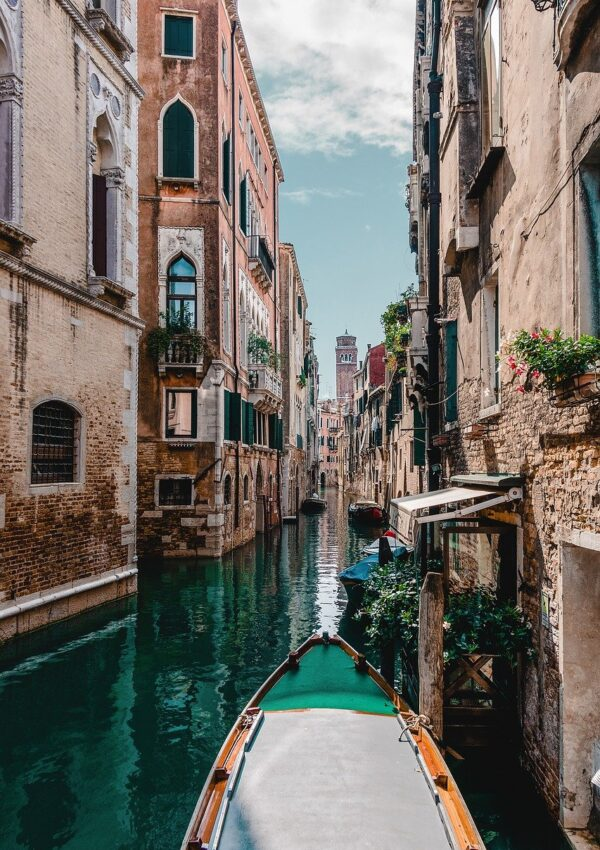Explore the Beauty of Venice in 2 Days