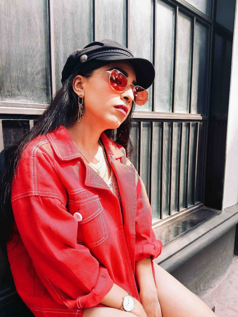 red jacket, red denim jacket, street style, fashion week, neha menghwani, romwe, black friday, sale, offers, black friday sale, trends, fashion, style, instagram, bloggers