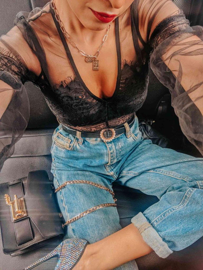 black lace bodysuit, black bodysuit, mom jeans, casual outfit, sexy outfit, outfit of the day, denim outfit, jeans look, how to wear mom jeans, boyfriend jeans, blogger outfit, streetstyle, indian blogger, neha menghwani, stylessential, lorna luxe