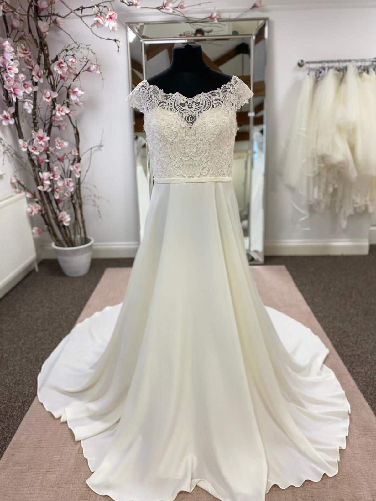 Stella York Wedding Dress Sample