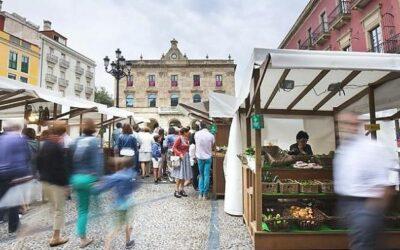 Día de Asturias en el Mercáu Artesanu de Gijón/Xixón