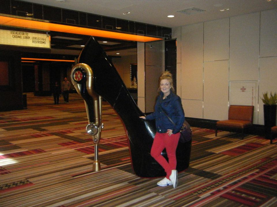 cosmopolitan-hotel-las-vegas-things-to-do-travel-tips-blog-elle-blonde-luxury-lifestyle-destination-blog
