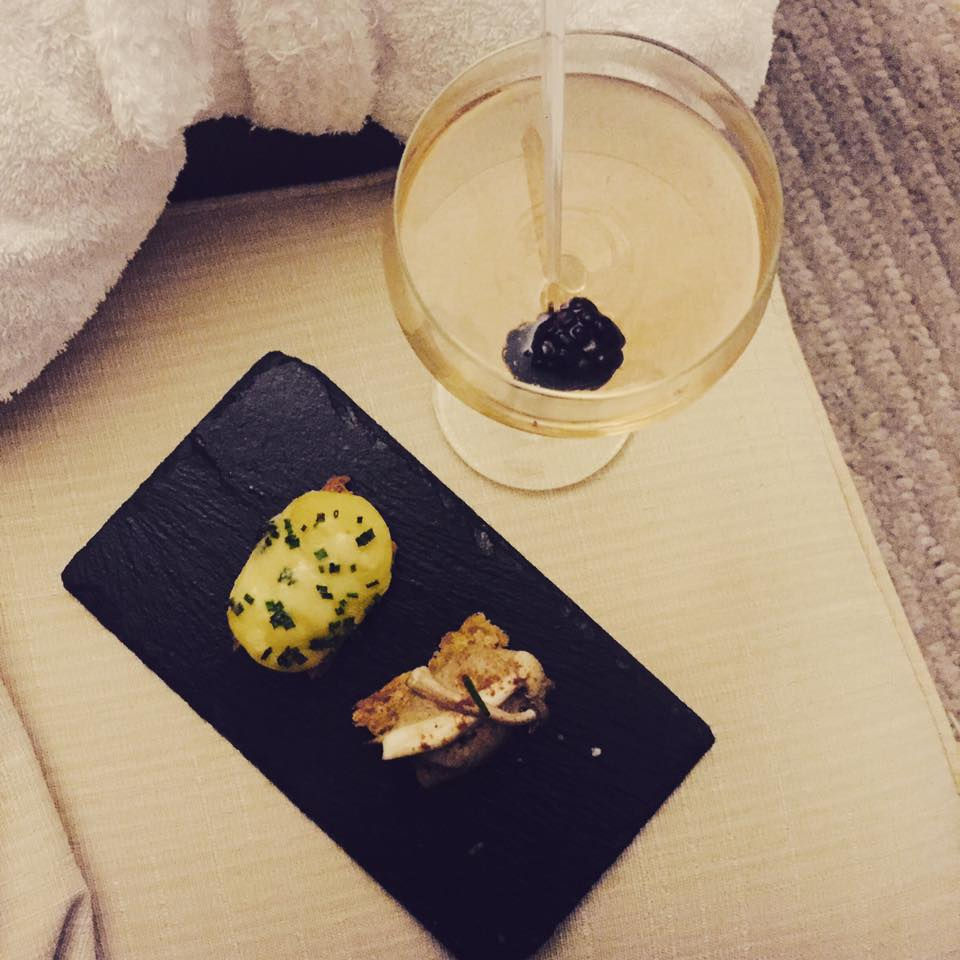 cocktails-mineral-house-spa-crowne-plaza-hotel-newcastle-elle-blonde-luxury-lifestyle-destination-blog