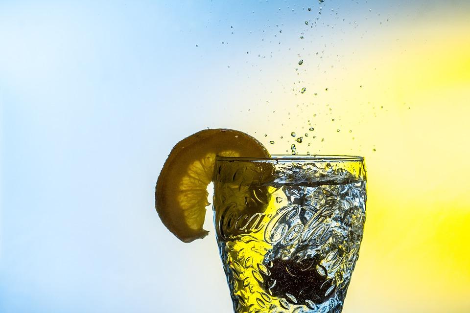 pinterest-graphic-range-puritii-water-bottle-review-ariix-elle-blonde-luxury-lifestyle-destination-blog