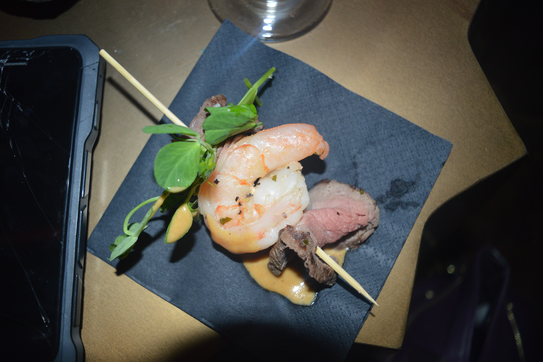 surf-and-turf-prawn-lola-jeans-newcastle-dine-food-new-menu-launch-restaurant-elle-blonde-luxury-lifestyle-blog