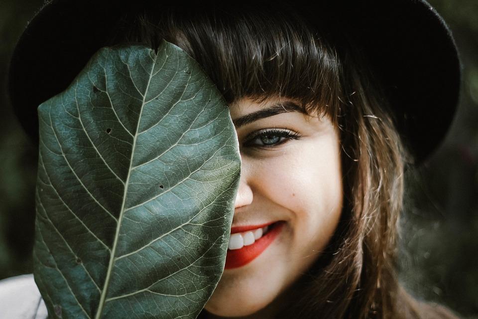 Ohshun White Oil Pulling | Benefits of Coconut Oil | Whiter Teeth | Elle Blonde Luxury Lifestyle Destination Blog