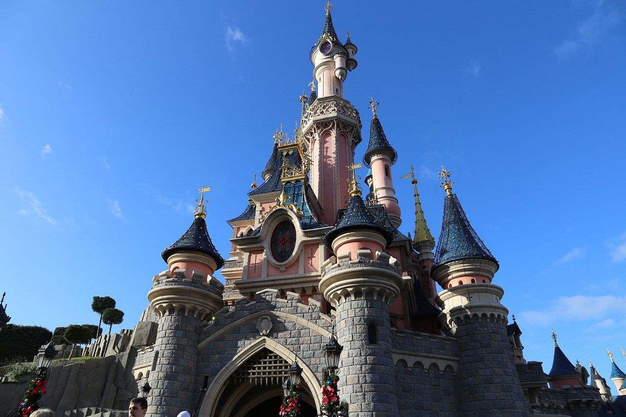 Disneyland Paris Princess Castle | Why Paris is ALWAYS a good idea - Guest Post from The Sparkle Spy - a female solo traveller experience of visiting the most romantic city in the world | Travel Tips | Elle Blonde Luxury Lifestyle Destination Blog