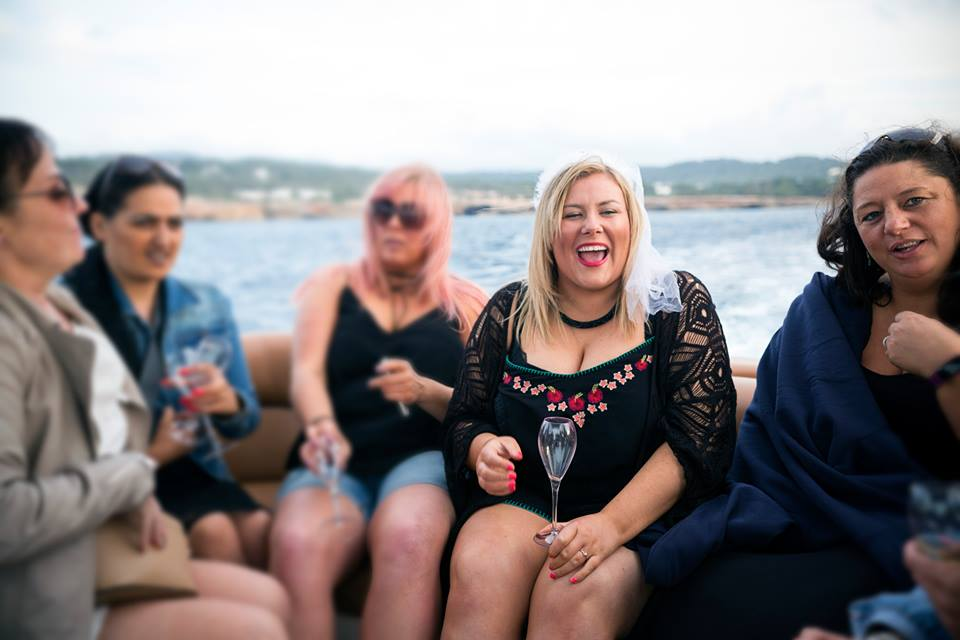 Just How Far in Advance Should You Plan a Hen Party? 1