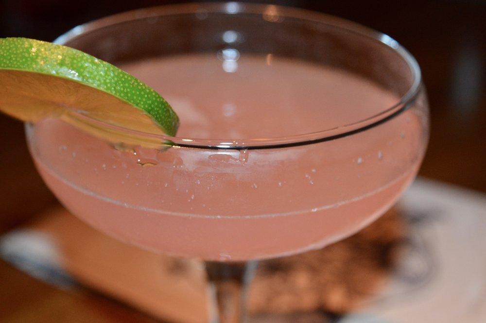 the-late-lab-alchemist-newcastle-cocktail-peach-margharita-elle-blonde-luxury-lifestyle-blog
