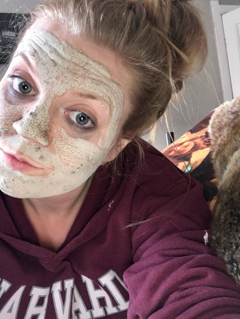 Beauty Insider: The Body Shop Himalayan Charcoal Purifying Glow Mask 2