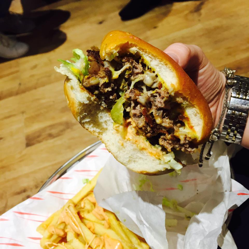 The Grind (now Meat:Stack) | Best Burgers in Newcastle | Elle Blonde Luxury Lifestyle Destination Blog