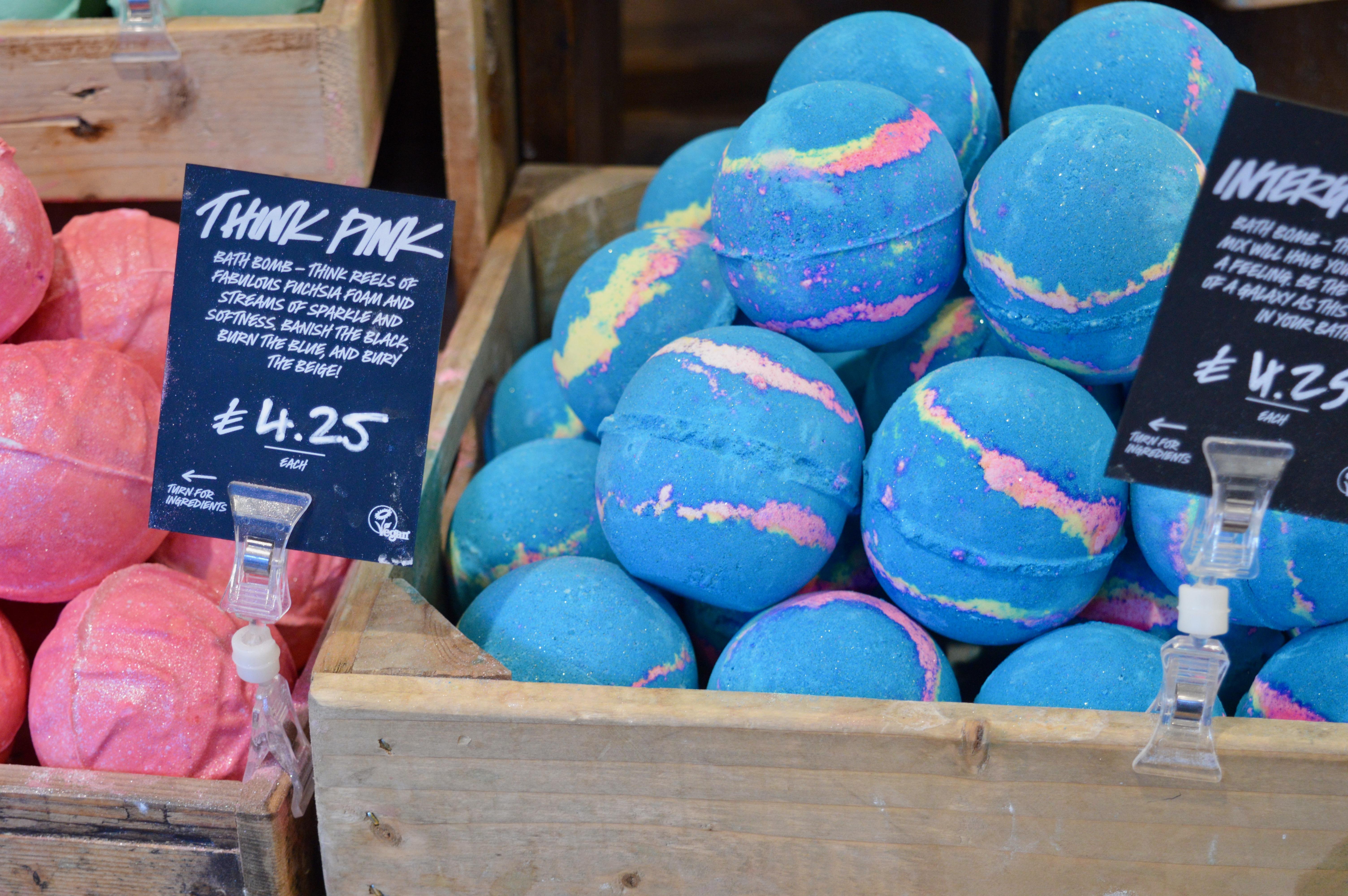 Blue-Bath-Bomb-Lush-Carlisle-New-Product-Launch-Elle-Blonde-Luxury-Lifestyle-Blog