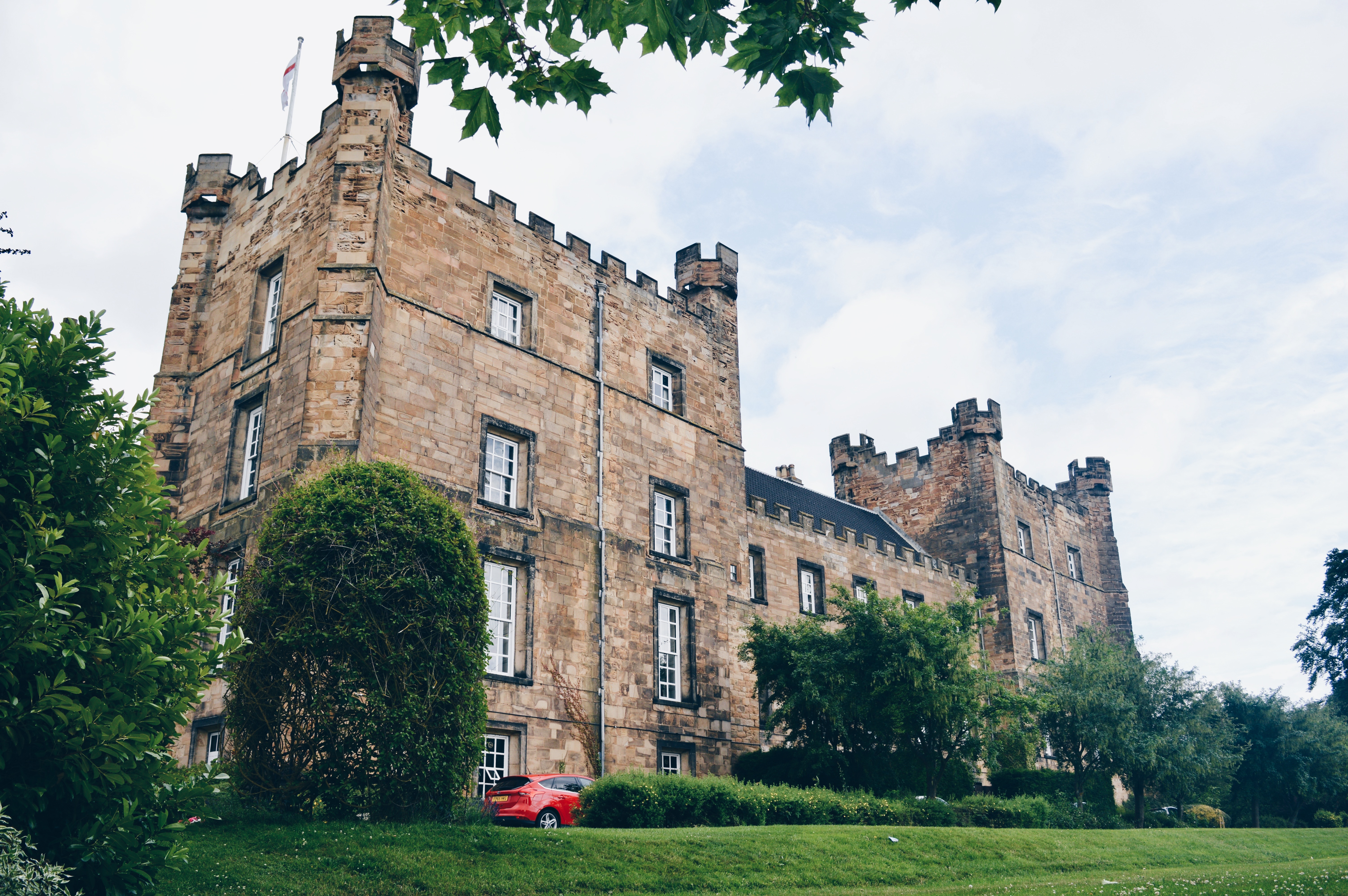 Lumley-Castle-Chester-Le-Street-Durham-Afternoon-Tea-NOVELTEA-Pink-Macaroon-Elle-Blonde-Luxury-Lifestyle-Destination-Blog