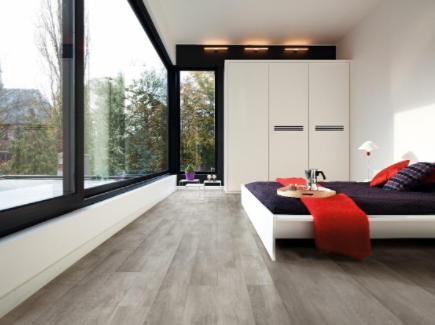 Bedroom-Home-Interiors-Wooden-Flooring-Elle-Blonde-Luxury-Lifestyle-Destination-Blog