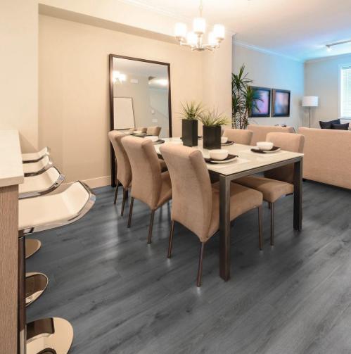 Dining-Room-Home-Interiors-Wooden-Flooring-Elle-Blonde-Luxury-Lifestyle-Destination-Blog