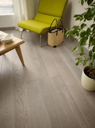 Lime-Chair-Home-Interiors-Wooden-Flooring-Elle-Blonde-Luxury-Lifestyle-Destination-Blog