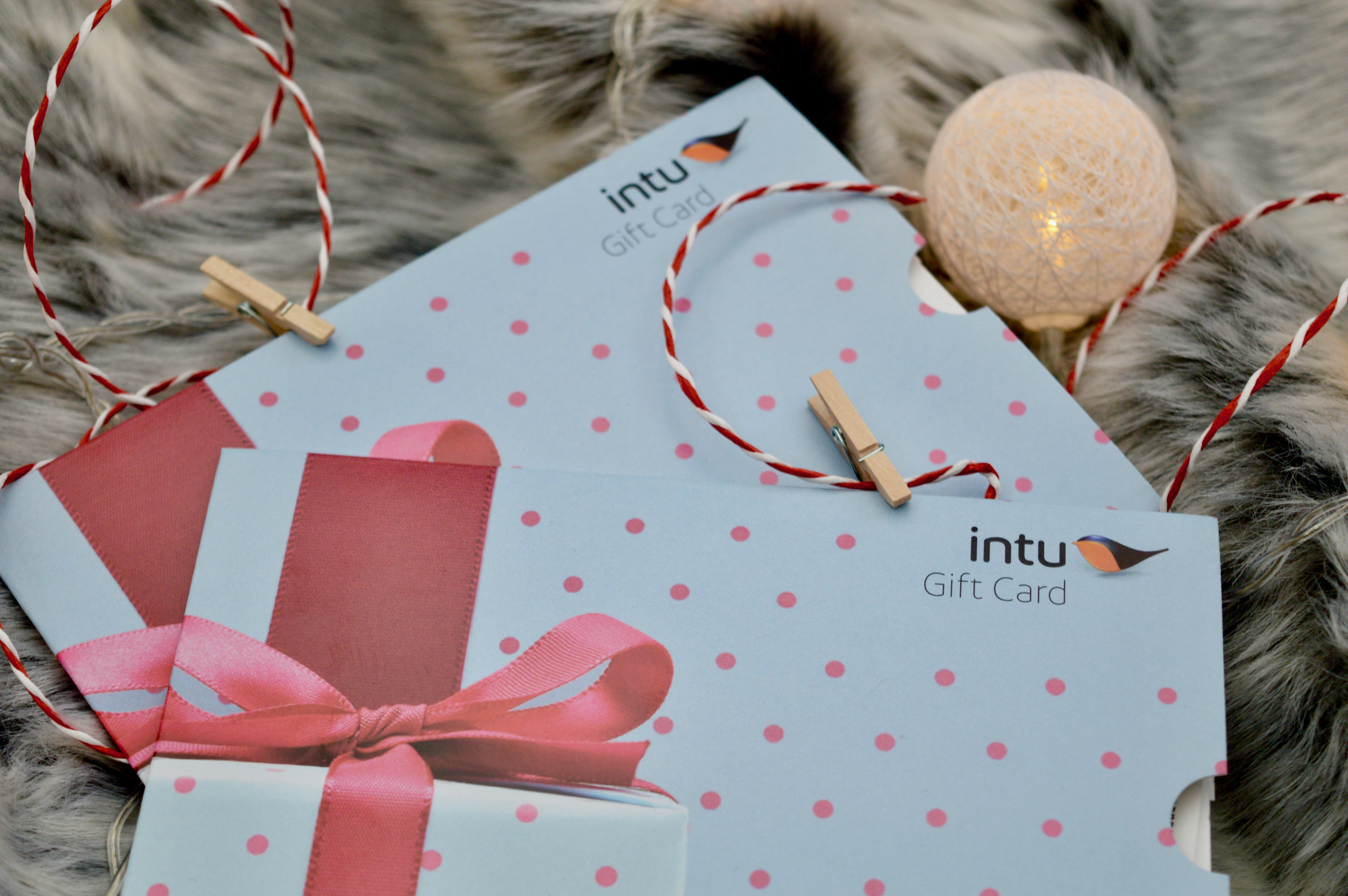 intu Gift Vouchers | What to buy somebody who has everything | Christmas Gift Guide | Elle Blonde Luxury Lifestyle Destination Blog