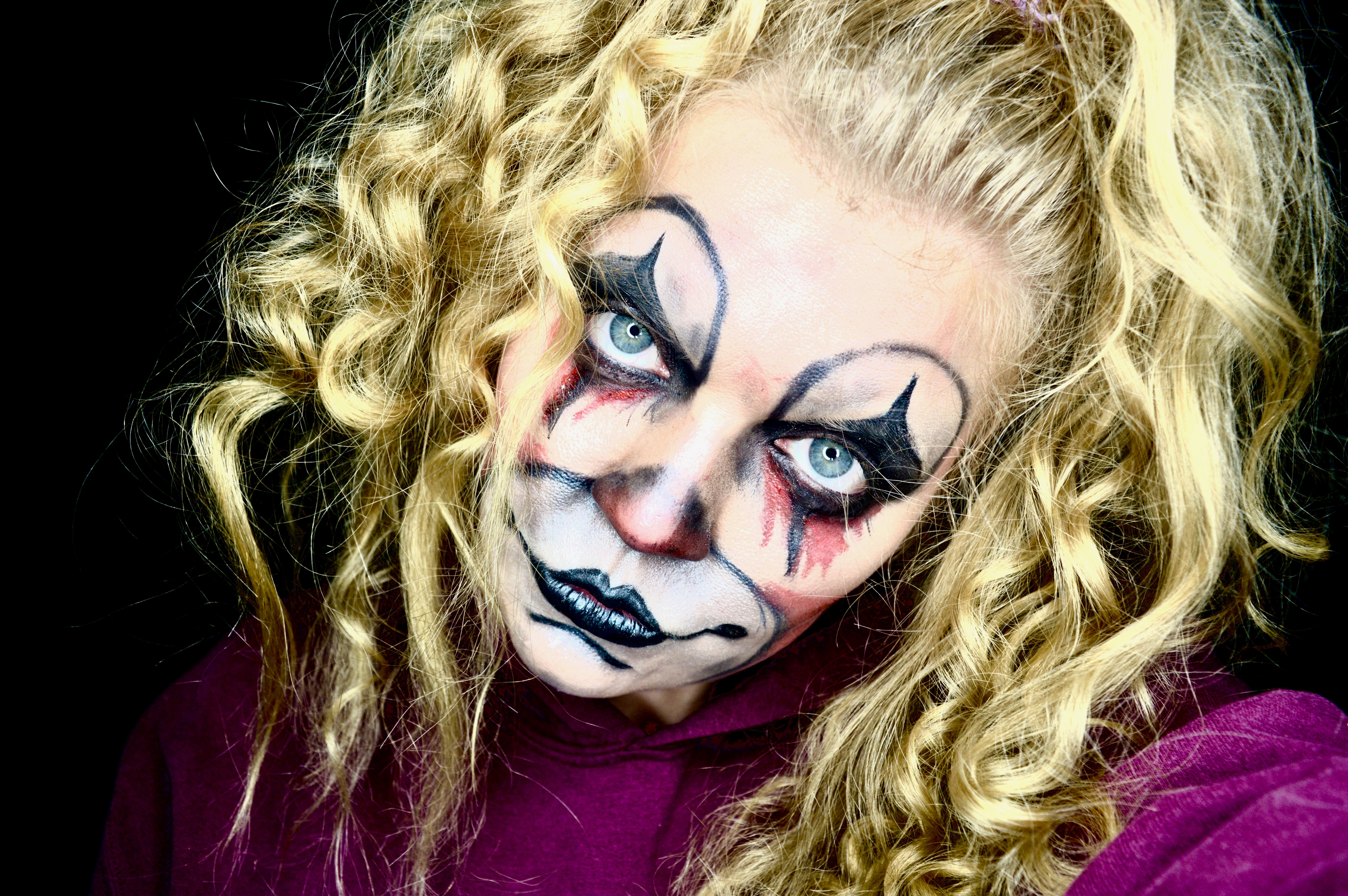 Scary Halloween Makeup ideas   Dead Blonde Clown   Elle Blonde Luxury Lifestyle Destination Blog