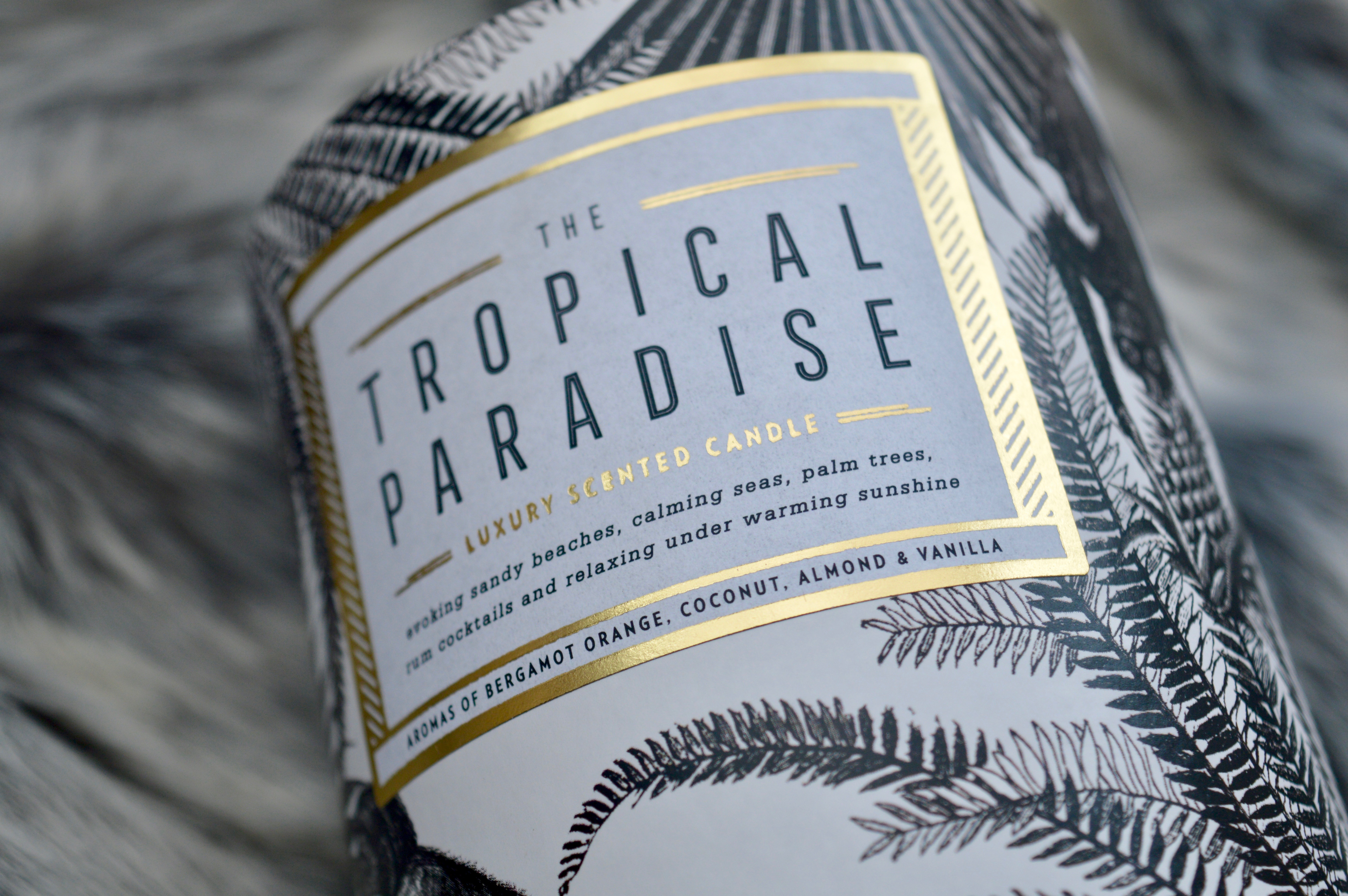 Chase and Wonder | Luxury Scented Candle | Tropical Paradise | What to buy the first time home owner | Home Interiors | Elle Blonde Luxury Lifestyle Destination Blog