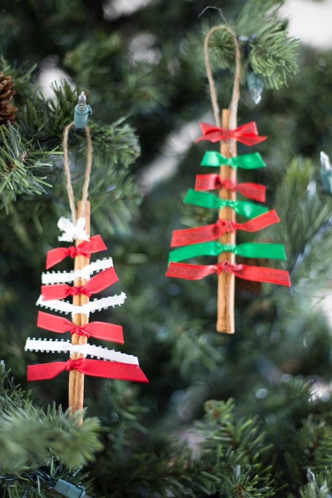 This Grandma is Fun - Christmas Tree Decorations | Easy to make Christmas craft ideas | Elle Blonde Luxury Lifestyle Destination Blog