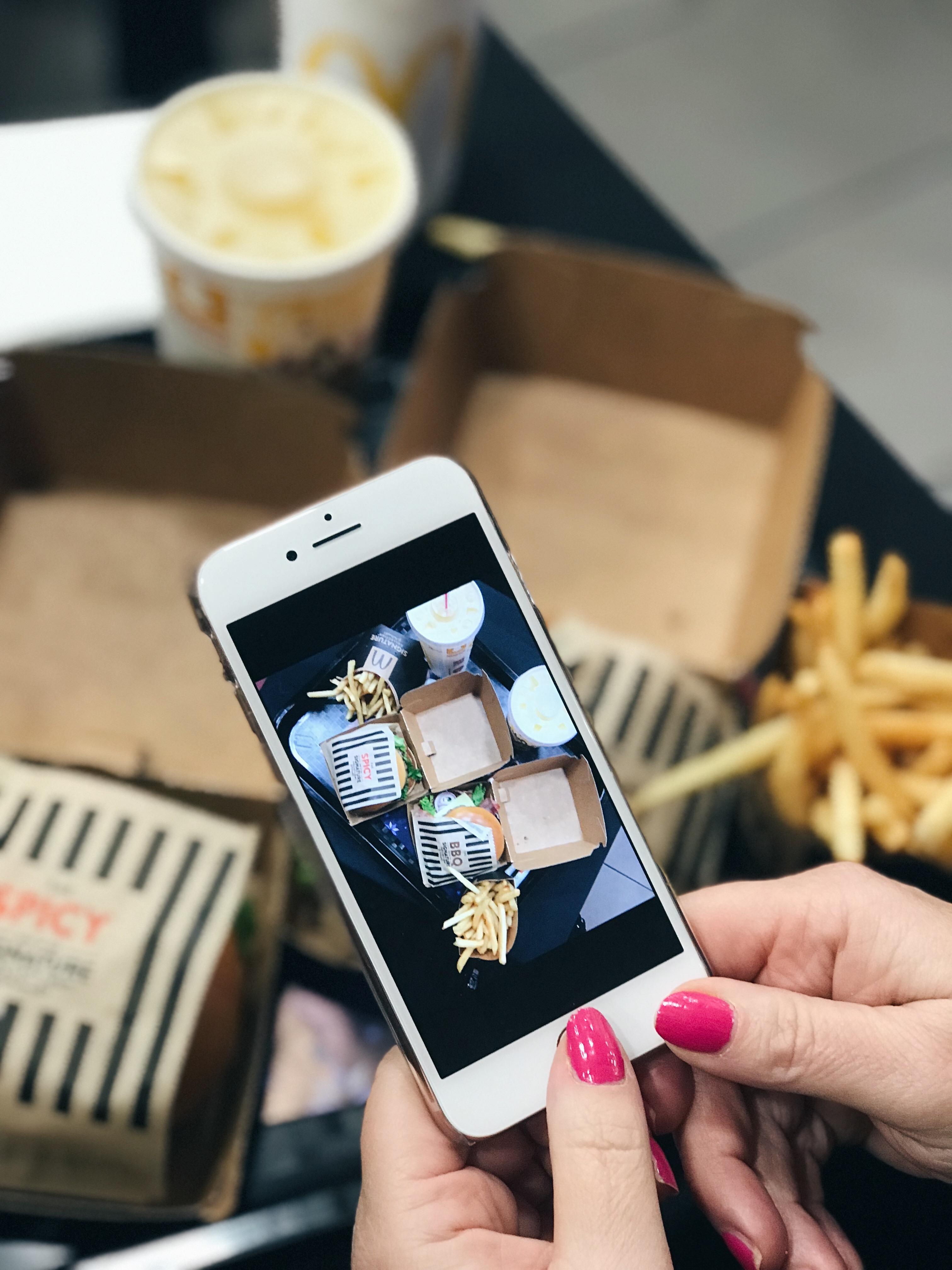 McDonald's Signature Burger Collection in collaboration with Julien Macdonald | Black carpet launch | Elle Blonde Luxury Lifestyle Destination Blog
