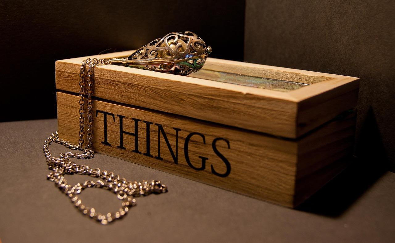DIY Craft | How to make a wooden trinket box | Home Interior | Elle Blonde Luxury Lifestyle Destination Blog