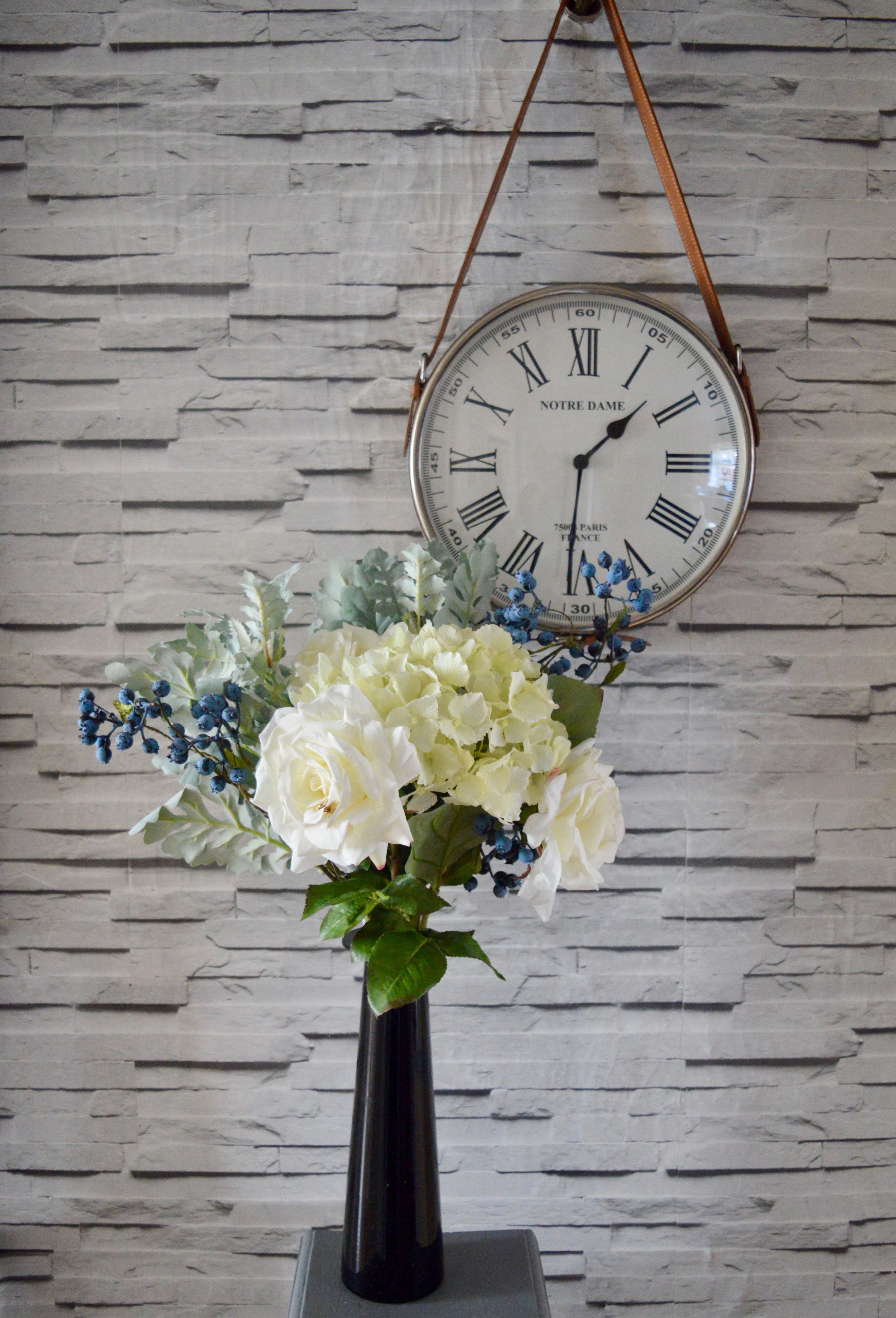 3 Reasons Faux Floral Bouquets Are Home Interior Essentials 2