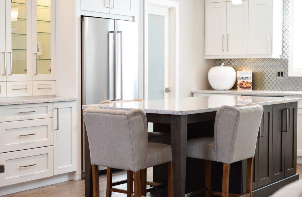 Breakfast Bar Seats How to create an expensive looking modern kitchen   Kitchen ideas & inspiration   Home interiors & decor   Elle Blonde Luxury Lifestyle Destination Blog