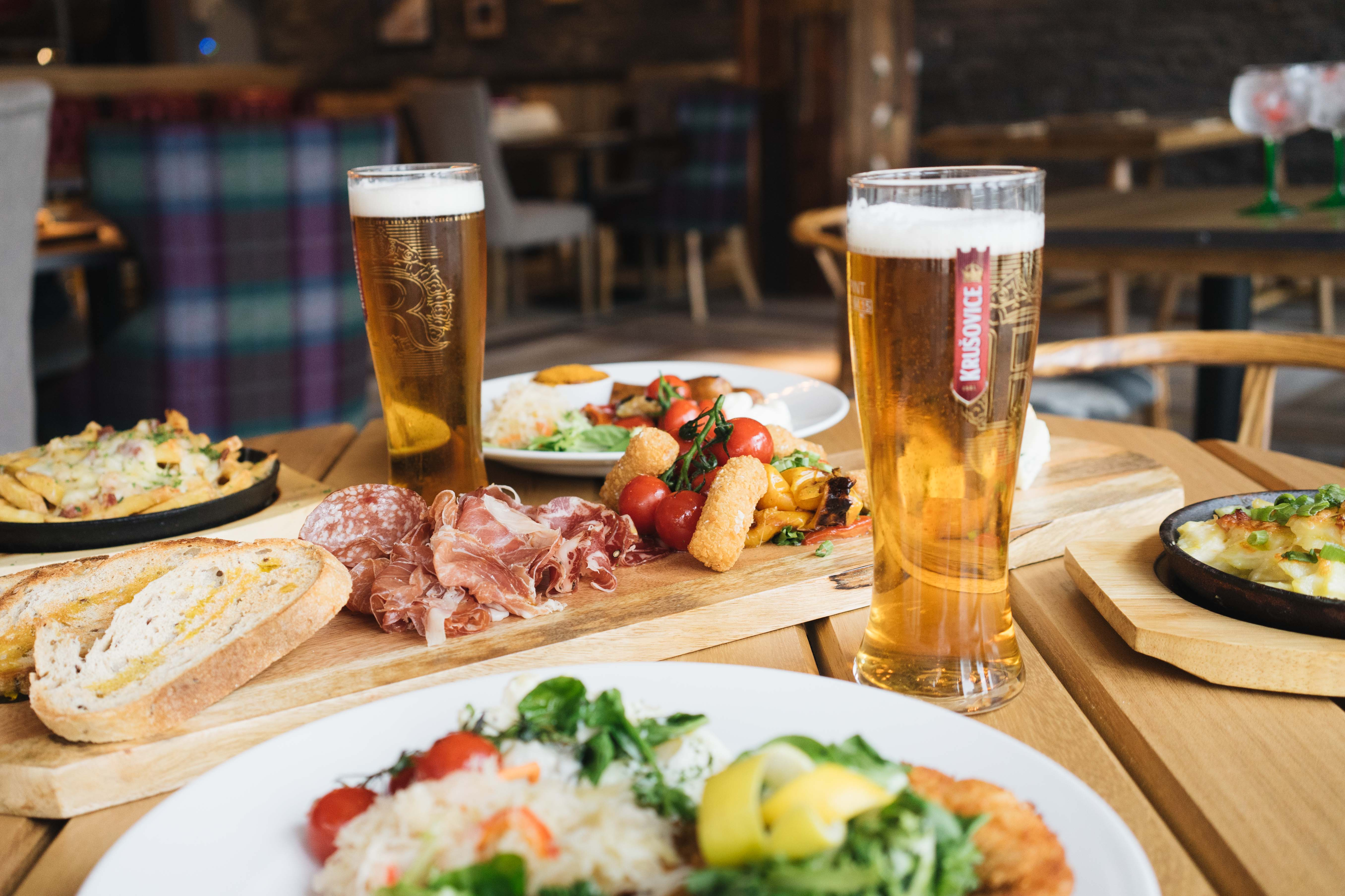 Antler Newcastle | Ski Chalet Bar | Food and Drink, Events & Karaoke Space | Launch Night | Elle Blonde Luxury Lifestyle Destination Blog