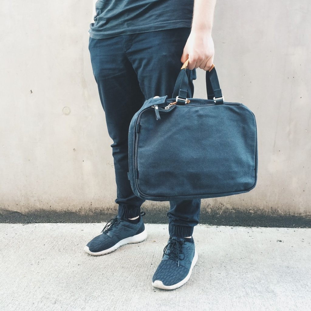 Packing guide tips for men travelling | Are you heading away on a lads holiday or away with your partner and not sure what to pack? Check out our handy guide for travel tips and packing advice | Elle Blonde Luxury Lifestyle Destination Blog