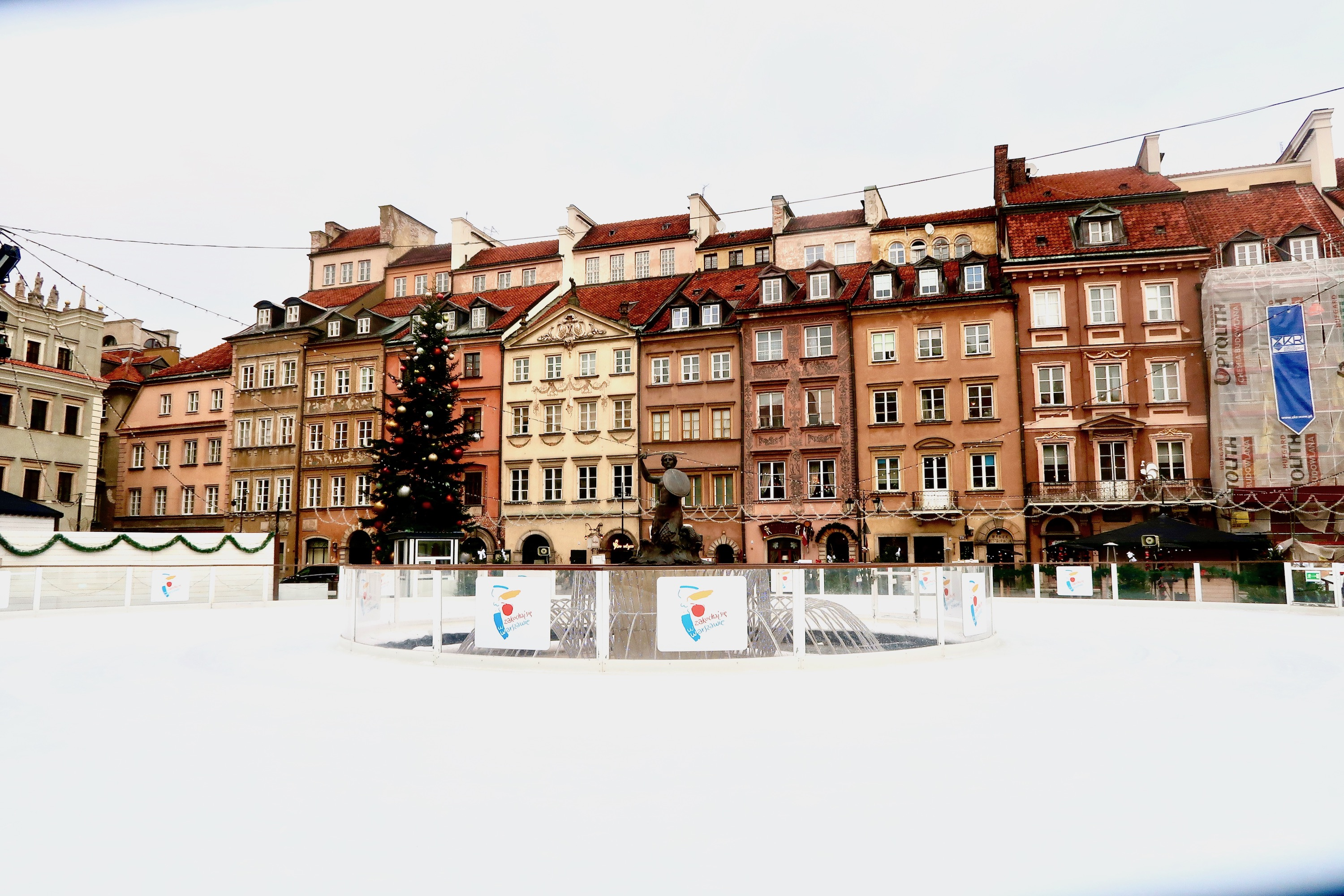 Spending 72 hours in Warsaw? Here's what we recommend doing, visiting and eating in Poland's capital | A guide to Warsaw | Travel guide | Elle Blonde Luxury Lifestyle Destination