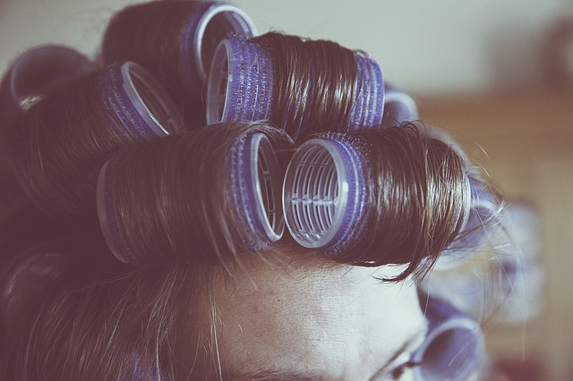How To Stop Hair From Falling Out | Hair | Elle Blonde Luxury Lifestyle Destination Blog