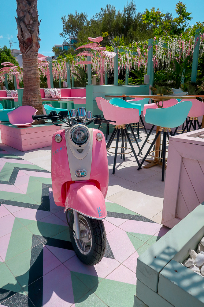 Wi-Ki-Woo Hotel   Where's good to eat in San Antonio Ibiza, restaurant and food guide   Travel Tips   Elle Blonde Luxury Lifestyle Destination Blog