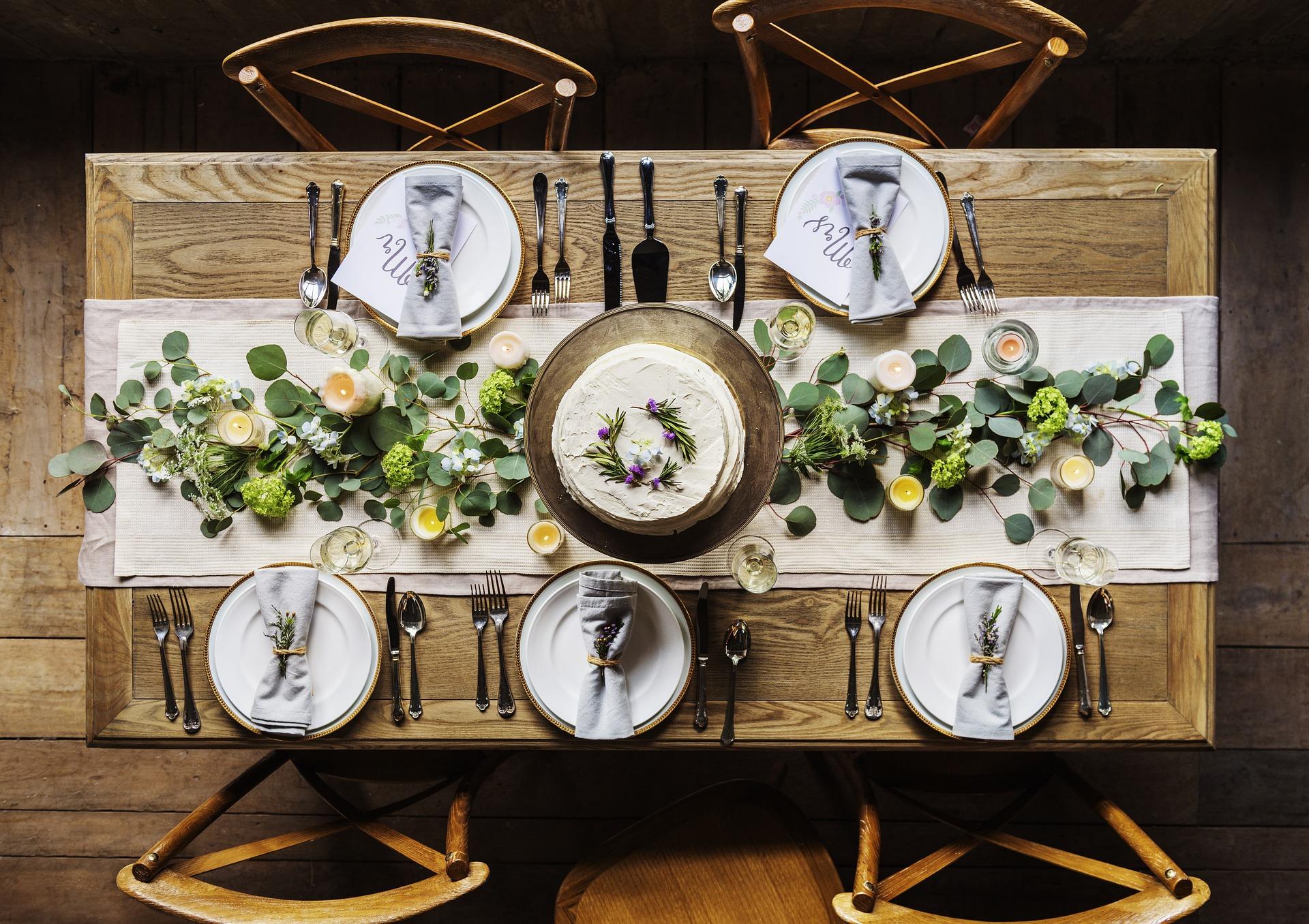 Table Decoration Ideas and Trends | Home Interior | Elle Blonde Luxury Lifestyle Destination Blog