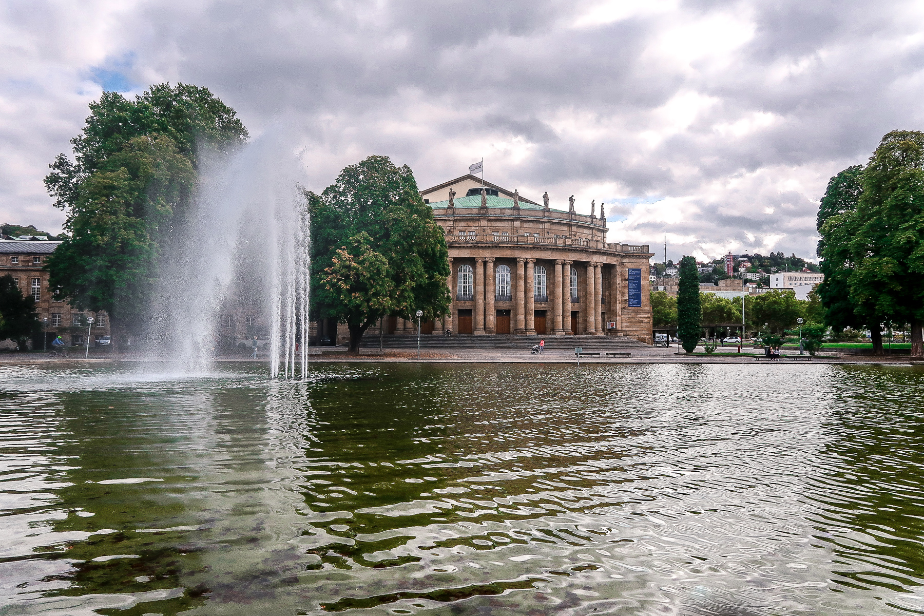 Walking tour of Stuttgart | What to do when visiting Stuttgart for the first time | Germany travel guide | Elle Blonde Luxury Lifestyle Destination Blog