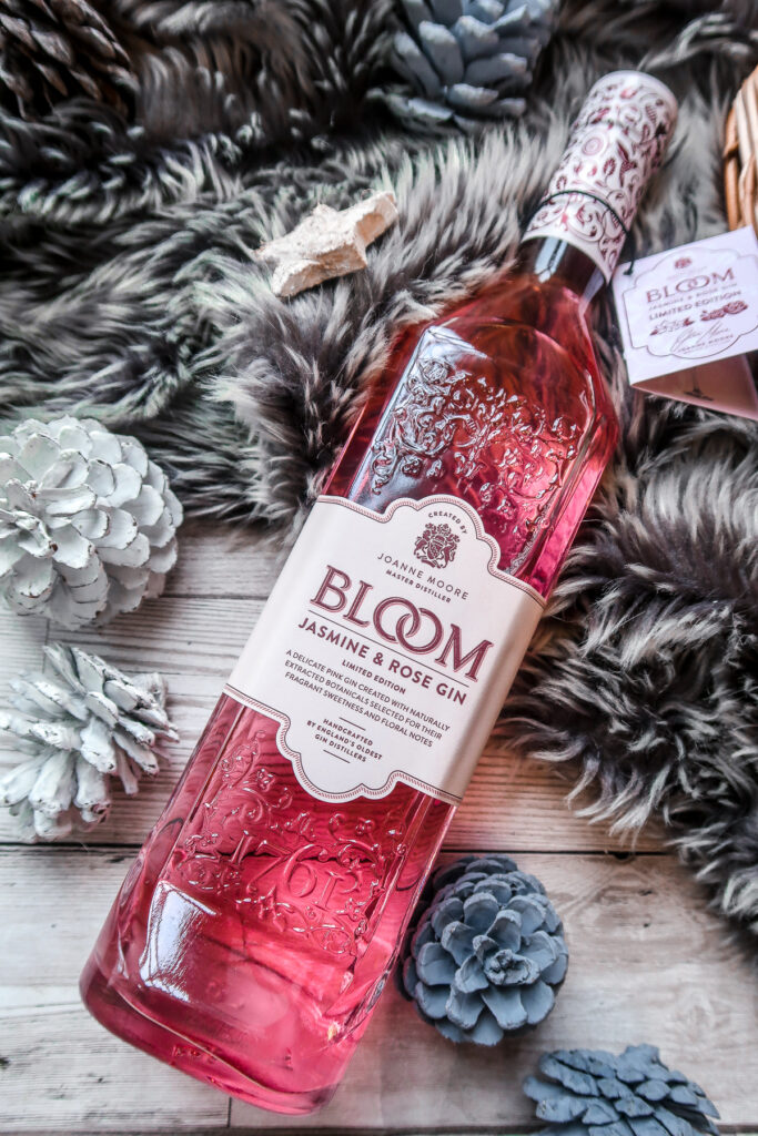 Gift Guide for a Boozy 'Merry' Christmas 7