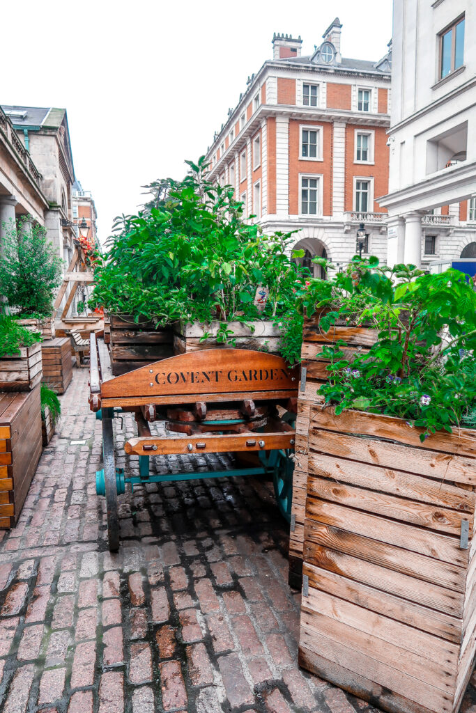 Covent Garden | Things to do in London | Travel Guide | Elle Blonde Luxury Lifestyle Destination