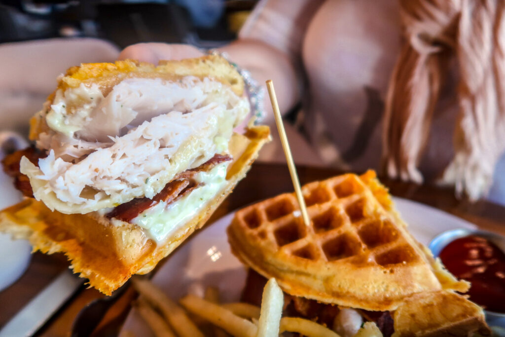 Hexx Breakfast Turkey Waffle | 7 Night Itinerary for Las Vegas | If you're looking to plan things to do in Vegas here's what we got up to on our 6th visit | Travel Tips | Elle Blonde Luxury Lifestyle Destination Blog
