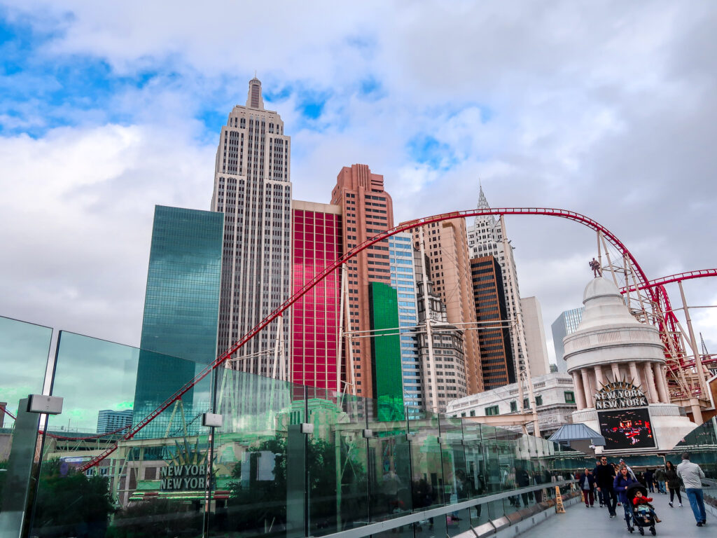 NYNY | 7 Night Itinerary for Las Vegas | If you're looking to plan things to do in Vegas here's what we got up to on our 6th visit | Travel Tips | Elle Blonde Luxury Lifestyle Destination Blog