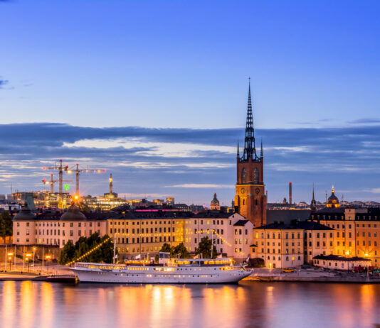 Visit Sweden | Top things to discover when you visit Sweden including traditions | Elle Blonde Luxury Lifestyle Destination Blog