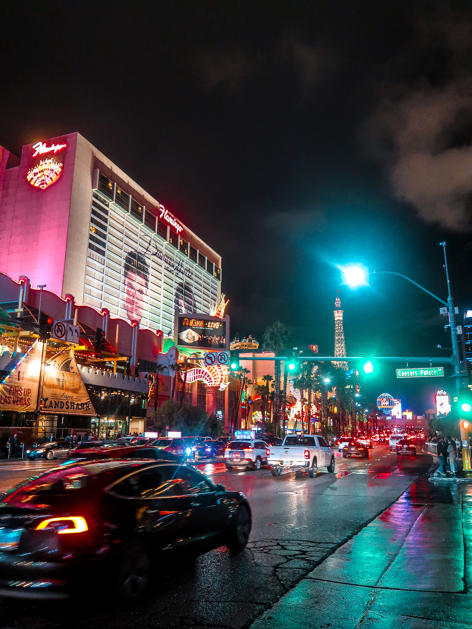 Flamingo Las Vegas Boulevard The Strip in the Rain | 7 Night Itinerary for Las Vegas | If you're looking to plan things to do in Vegas here's what we got up to on our 6th visit | Travel Tips | Elle Blonde Luxury Lifestyle Destination Blog