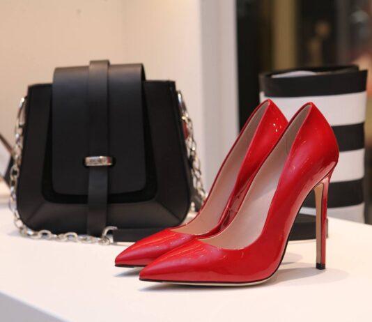 Powerful Style Business Dress | Business Fashion | Elle Blonde Luxury Lifestyle Destination Blog